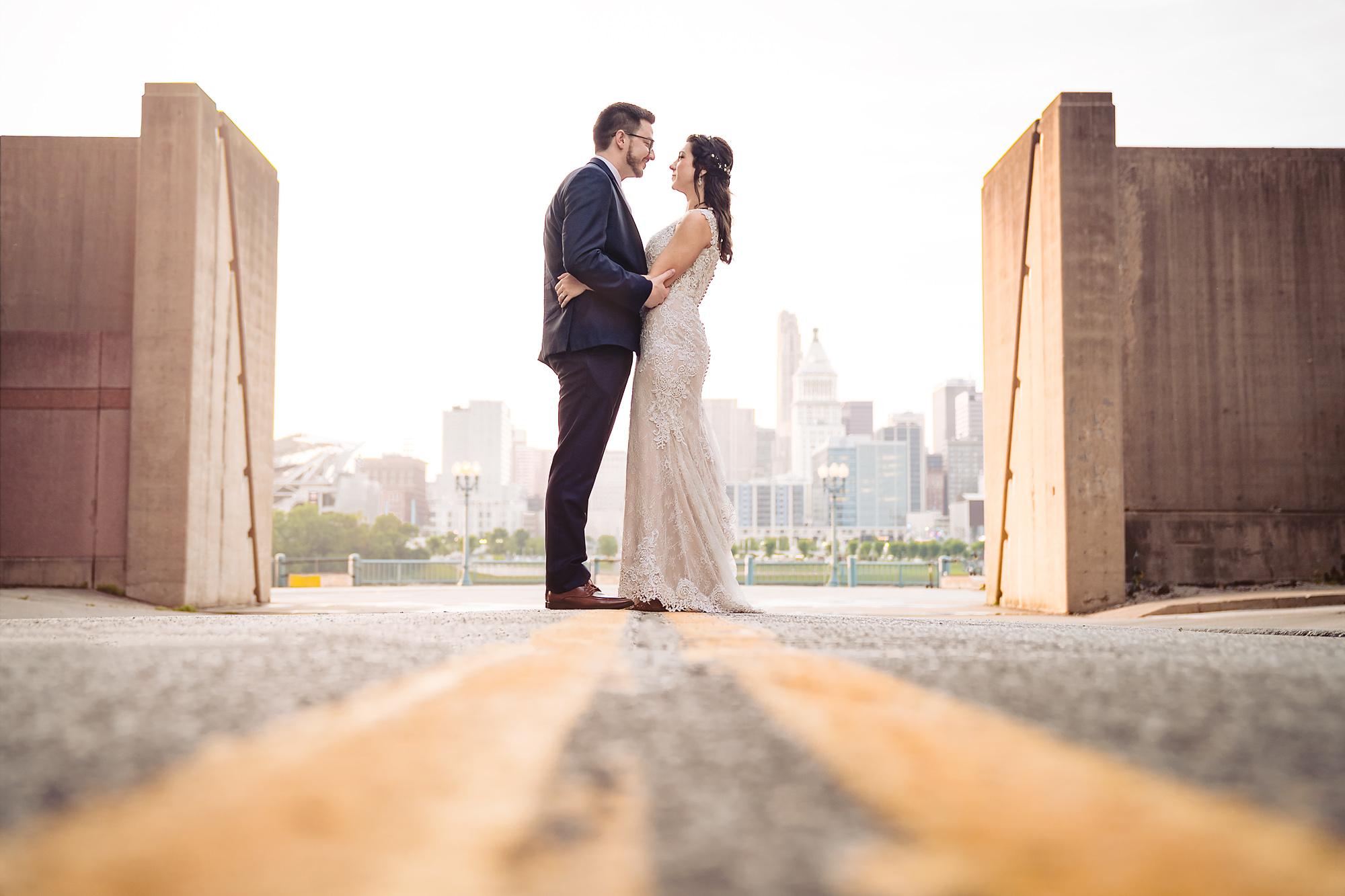 Embassy-Suites-Rivercenter-Wedding-Photography-31.jpg
