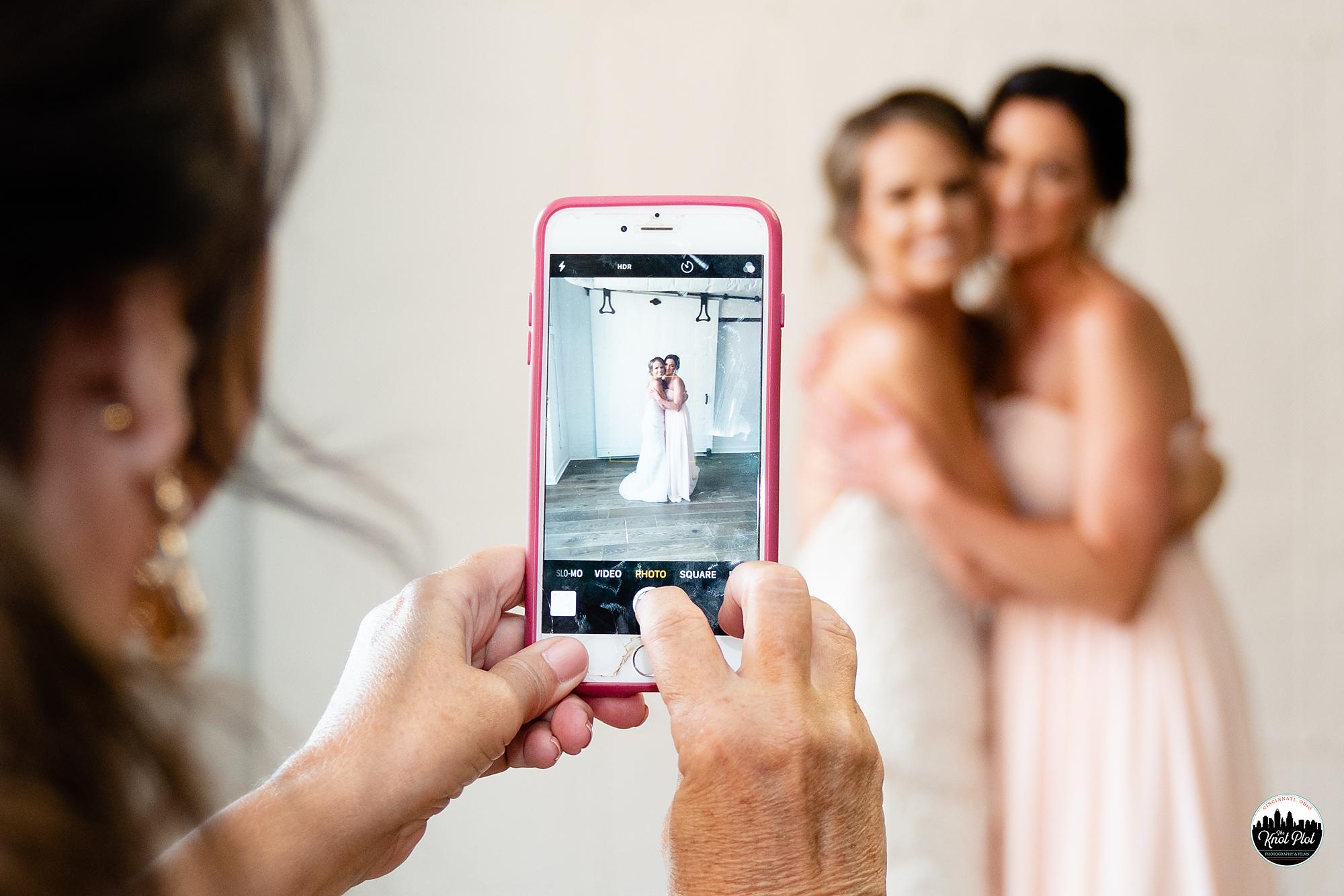 Strietmann-Penthaus-OTR-Cincinnati-Wedding-Photography-11.jpg