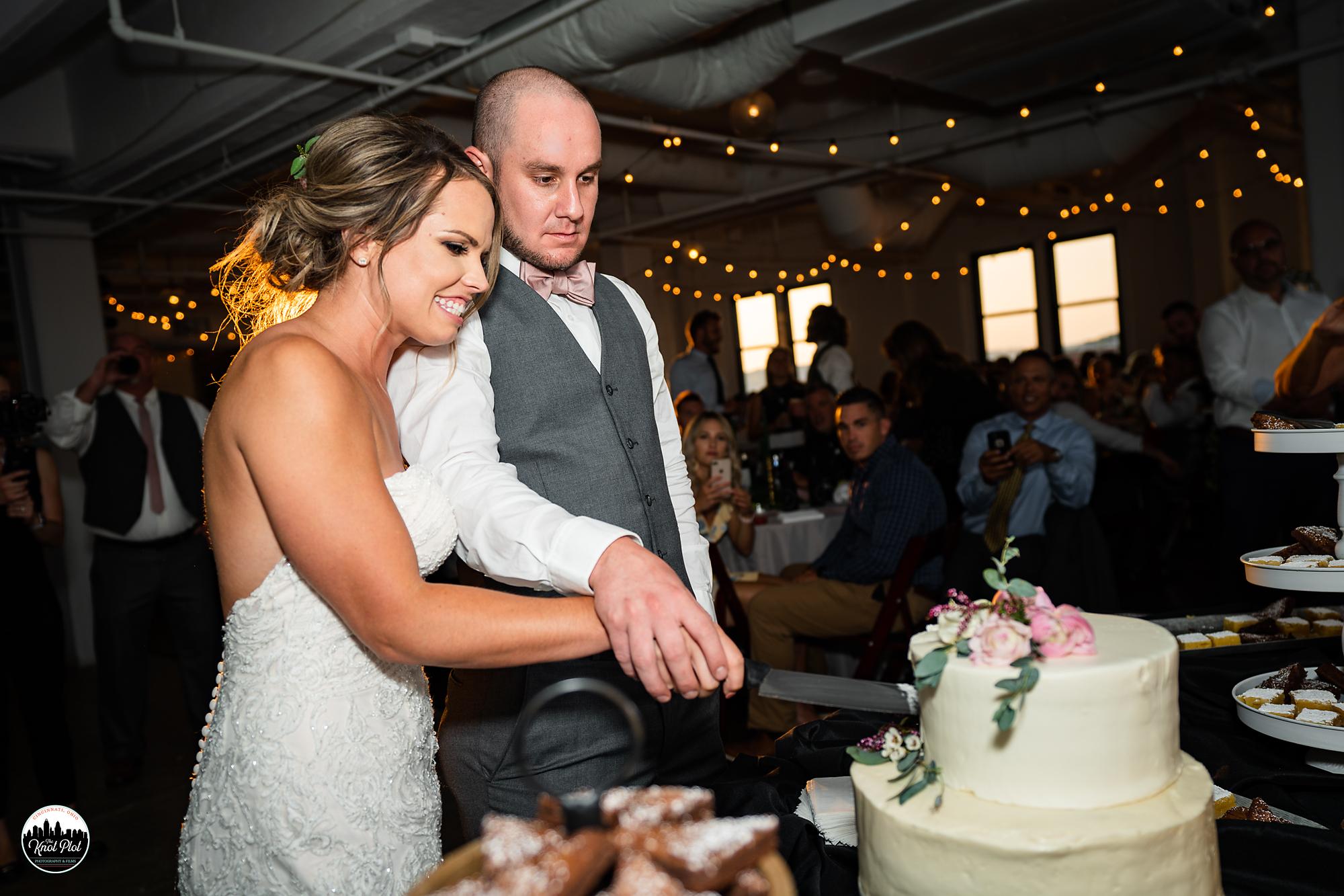 Strietmann-Penthaus-OTR-Cincinnati-Wedding-Photography-20.jpg