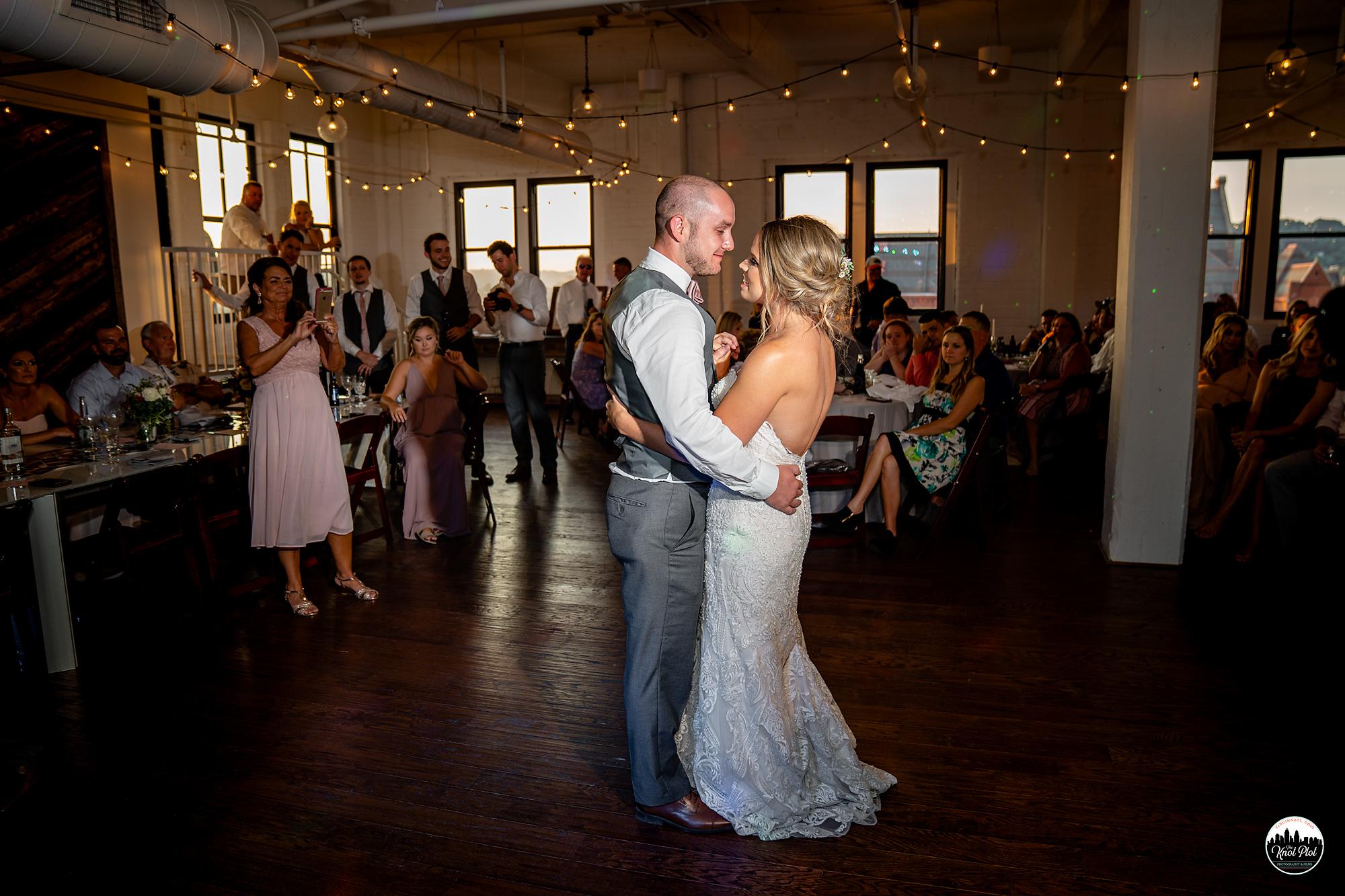 Strietmann-Penthaus-OTR-Cincinnati-Wedding-Photography-25.jpg