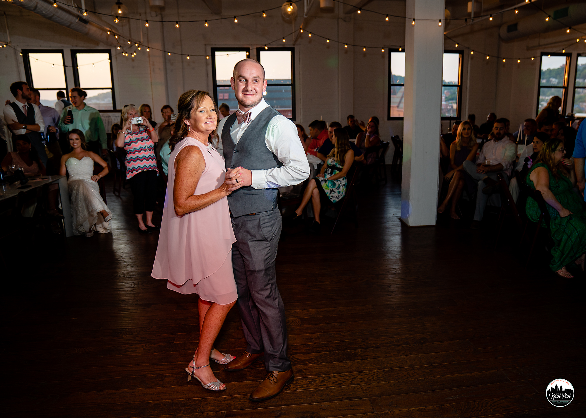 Strietmann-Penthaus-OTR-Cincinnati-Wedding-Photography-27.jpg