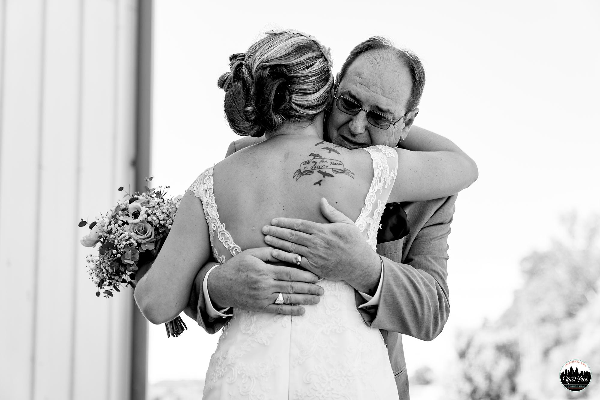Muhlhauser-Barn-Wedding-Photography-11.jpg
