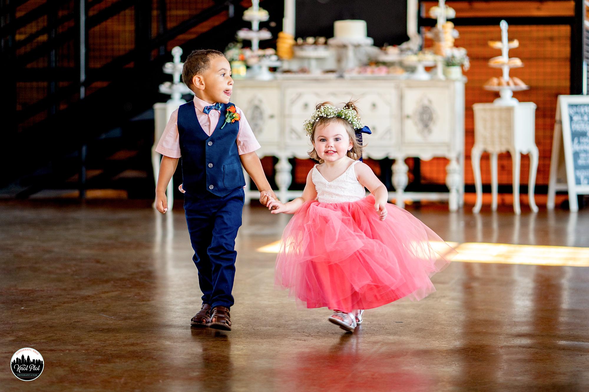 Muhlhauser-Barn-Wedding-Photography-14.jpg