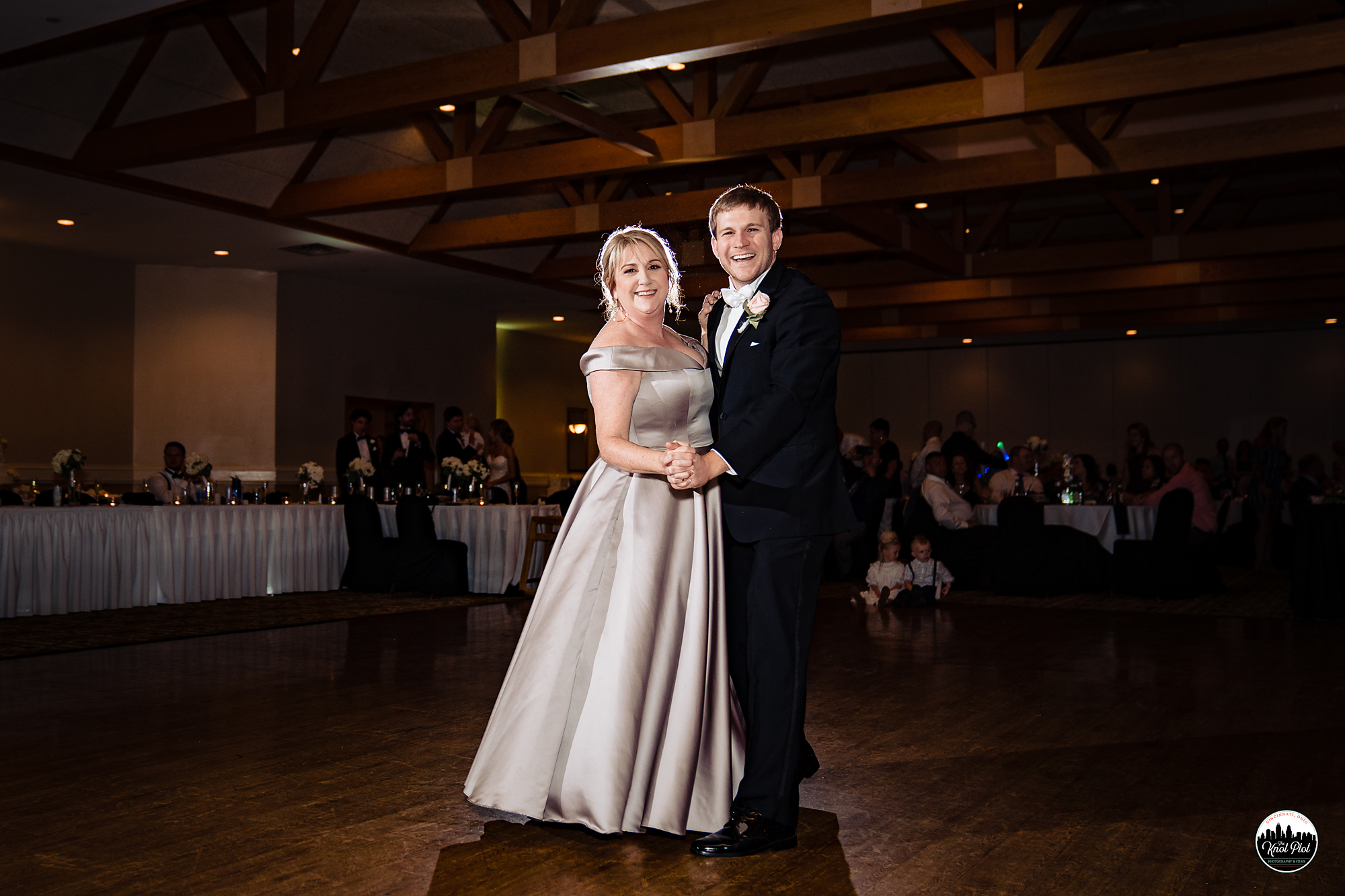 Hyde-Park-United-Methodist-Church-Cincinnati-Wedding-Photography-36.jpg