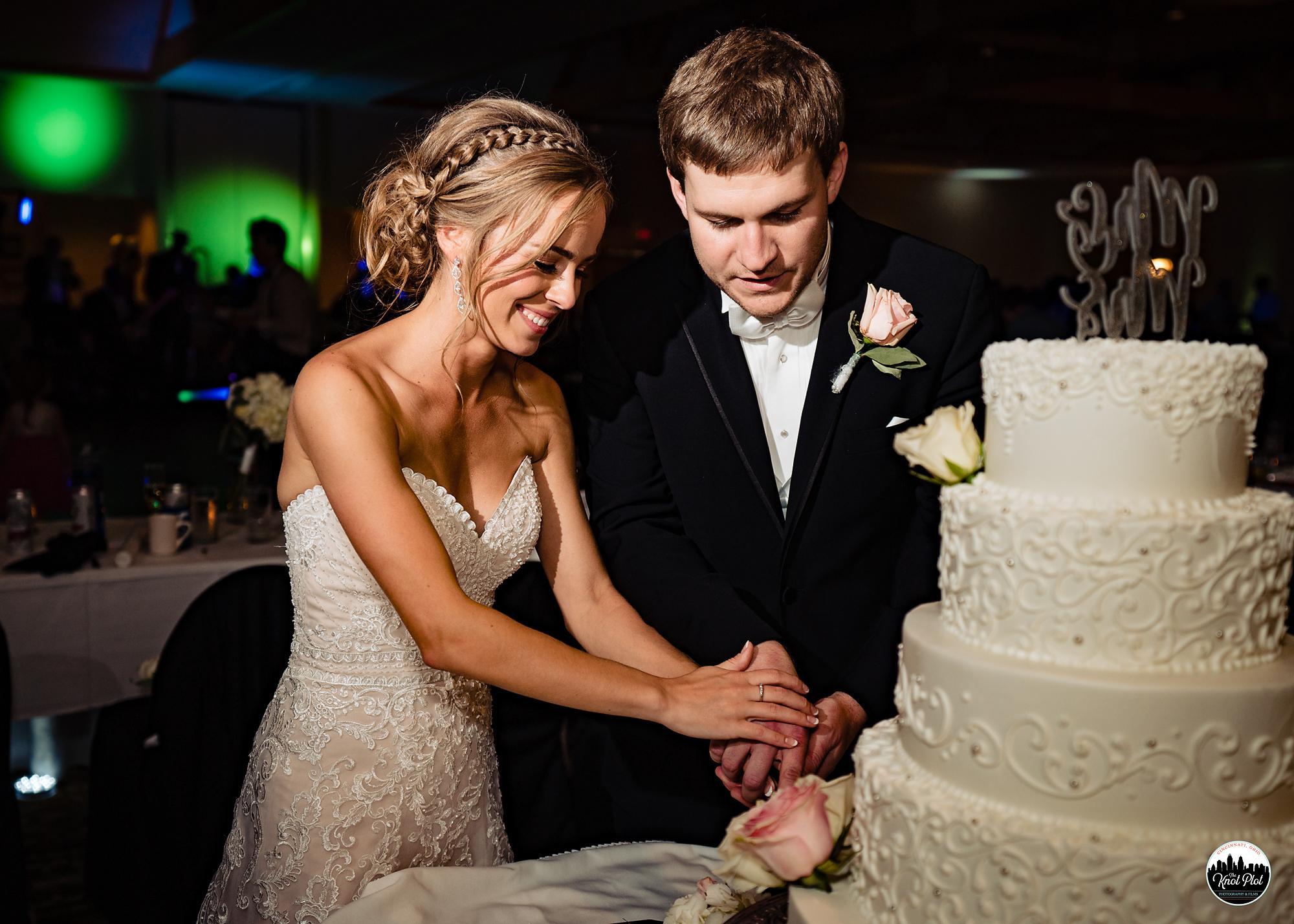 Hyde-Park-United-Methodist-Church-Cincinnati-Wedding-Photography-37.jpg