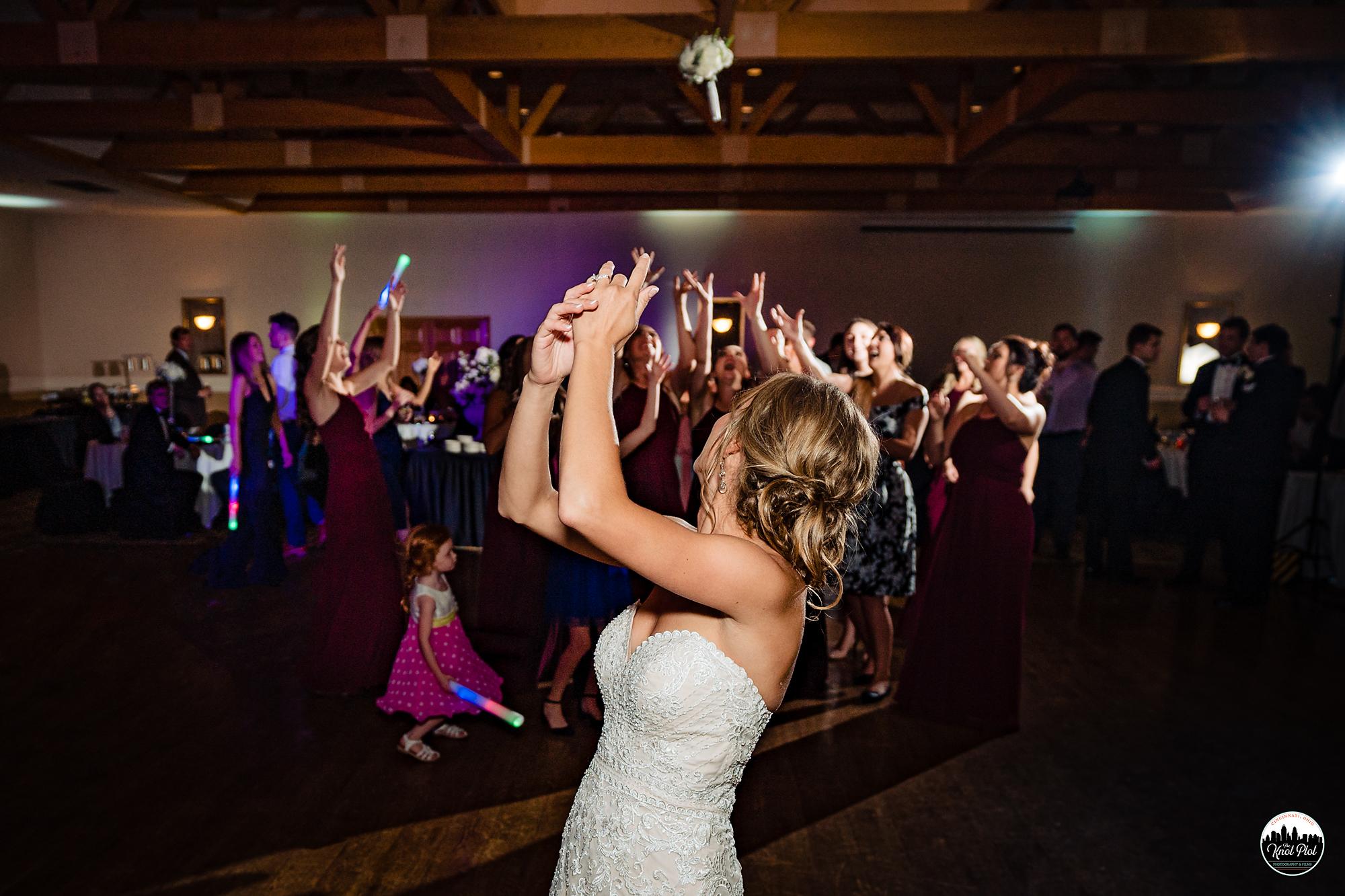 Hyde-Park-United-Methodist-Church-Cincinnati-Wedding-Photography-38.jpg