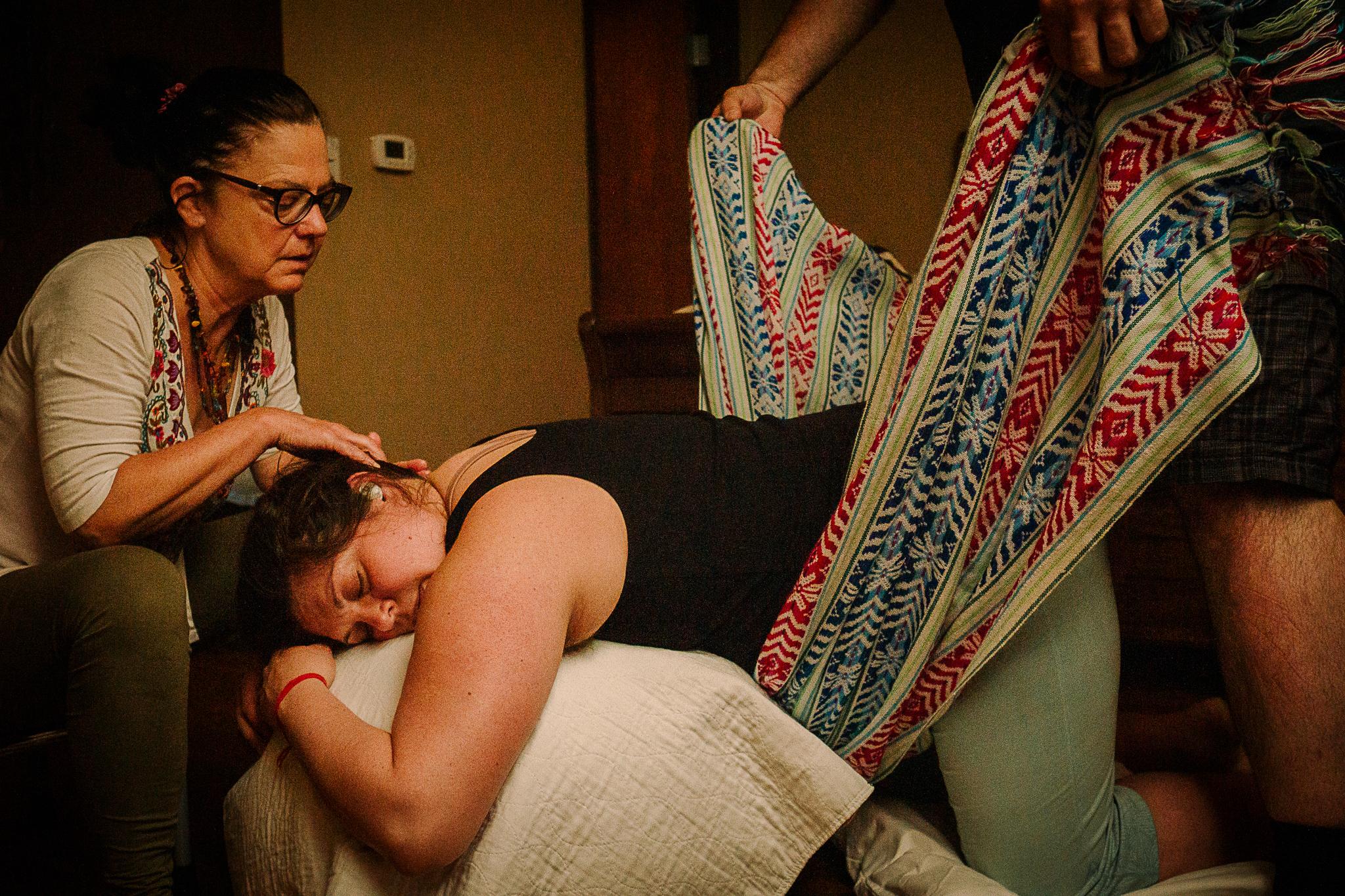 Heather Nischke Birth Services- Milwaukee Birth Photographer- Milwaukee Doula-Milwaukee Birth Stories-6.jpg