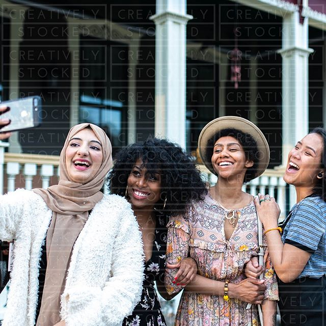 Saturdays are for selfies and smiles😁⠀ .⠀ .⠀ .⠀ .⠀ .⠀ .⠀ .⠀ .⠀ .⠀ #diversity #melanin #asian #blackgirlsrock #muslim #diversityandinclusion #asiangirlsrock #muslimfashion #muslimgirl #hijab #hijabinspiration #hijabmodesty #blackgirlrock #blackgirlhair #bloggergirl #bloggerlife #blackblogger #selfieshoot #selfiesmile #smallbusiness #smallbusinesstips #smallbusinesslife #blackbusinessowner #blackbusiness #blackbusinesses #bookpublisher #bookpublishing