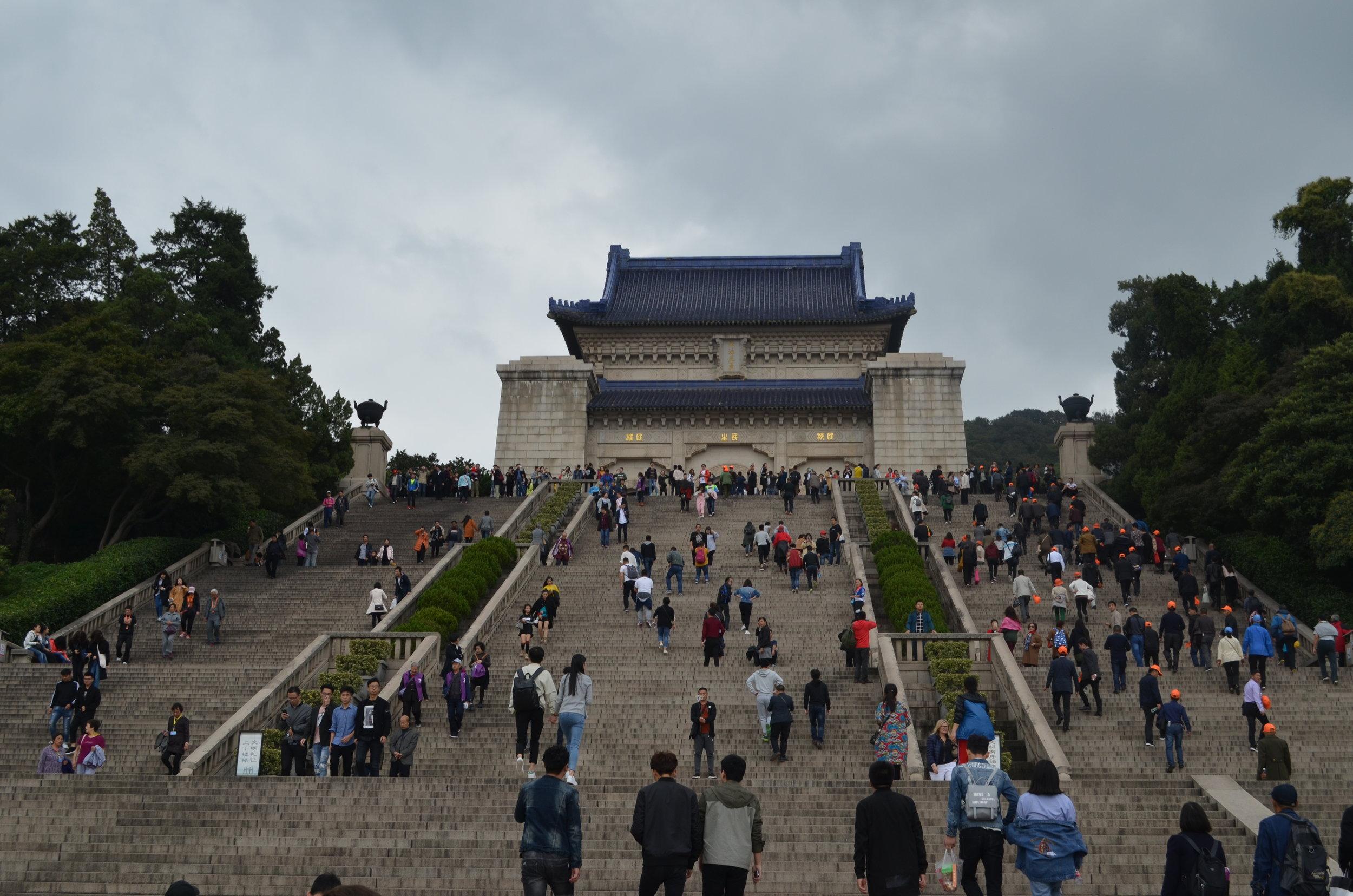 Nanjing-Mausoleum-Dr-Sun-Yat-Sen-s.JPG