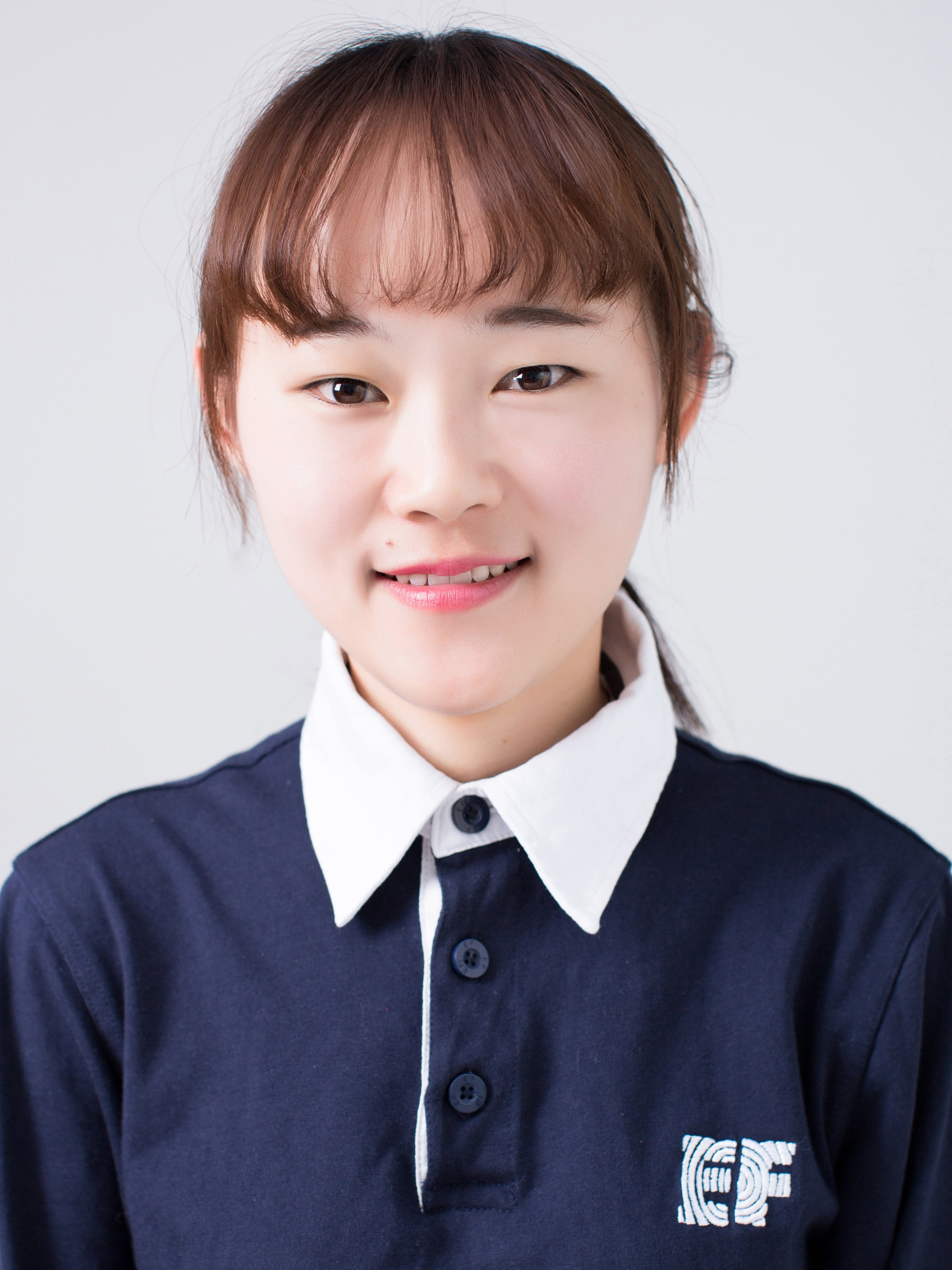 Candy - School 1 Associate Director of StudiesCandy has been working at EF for six years and nothing makes her happier than seeing her students smile. She always tries her best to let them learn as well as have fun in her classes. Her motto is 'Open the world through education'.