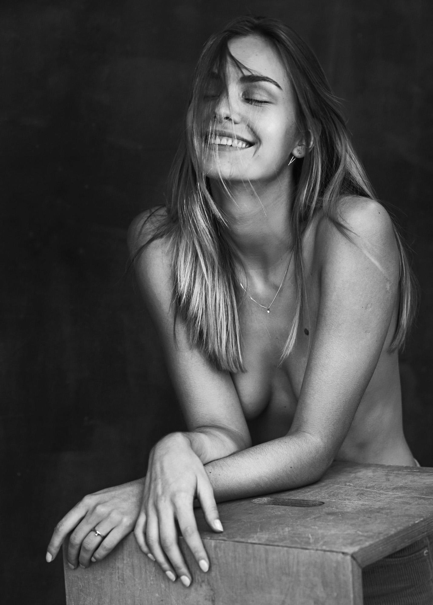 Julija Steponavičiūtė - professional model and food blogger.