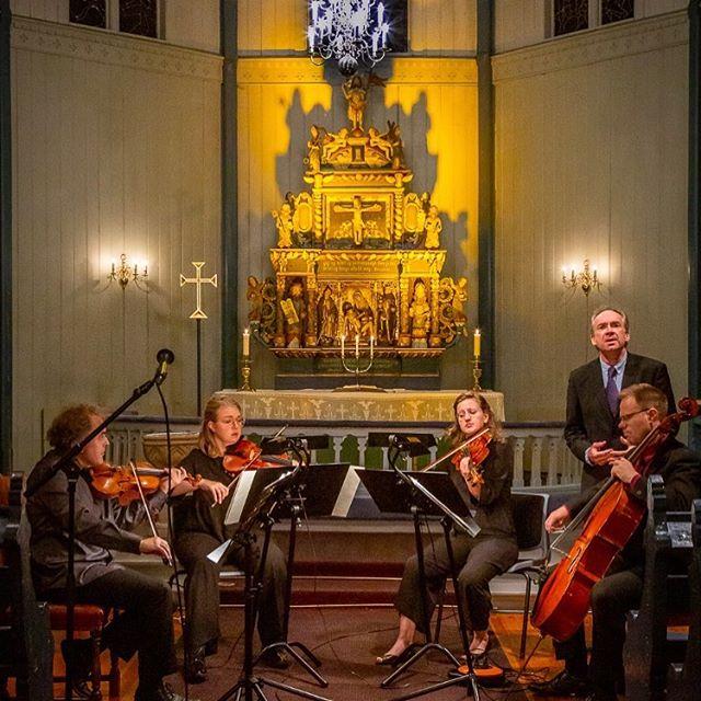 Fantastisk konsert i #hjørundfjord kyrkje fredag! Her frå fremføringen av «Døden og piken». 📷Robert Skeide