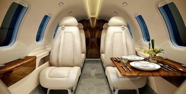 embraer 300 interior.jpg