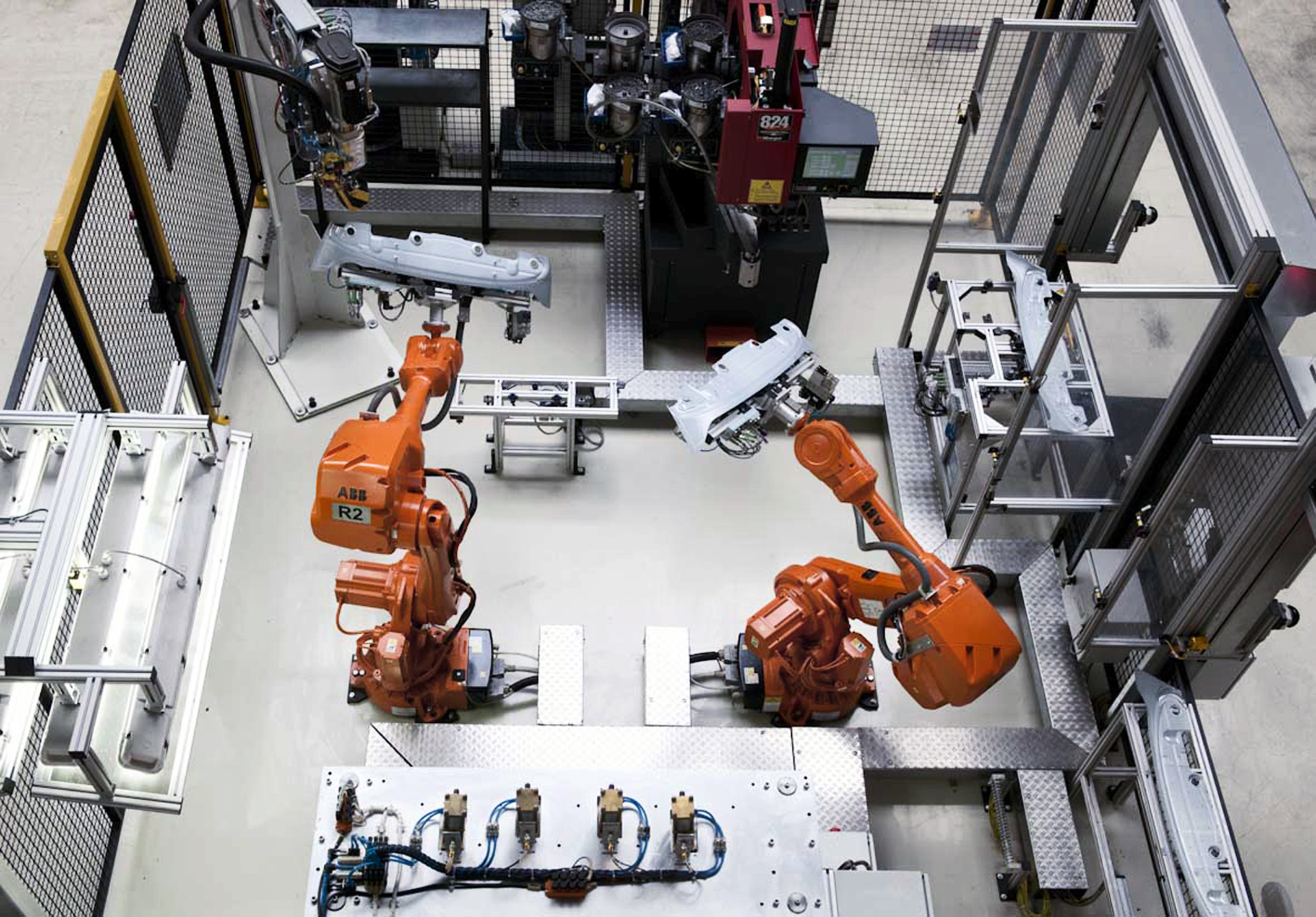 WMCG - Production System - Assembly Roboter.jpg