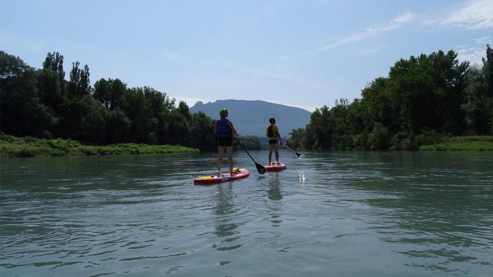 Découvrez le paddle et le kayak sur le Rhône sauvage