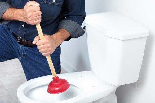 overflowing toilet.jpg