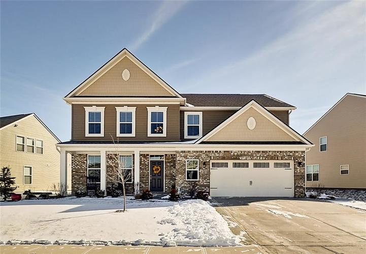 This house is for sale in the Indianapolis/Greenwood area! The listing can be found  here.  Photo via:  Jenny Carrington, Broker/Realtor .
