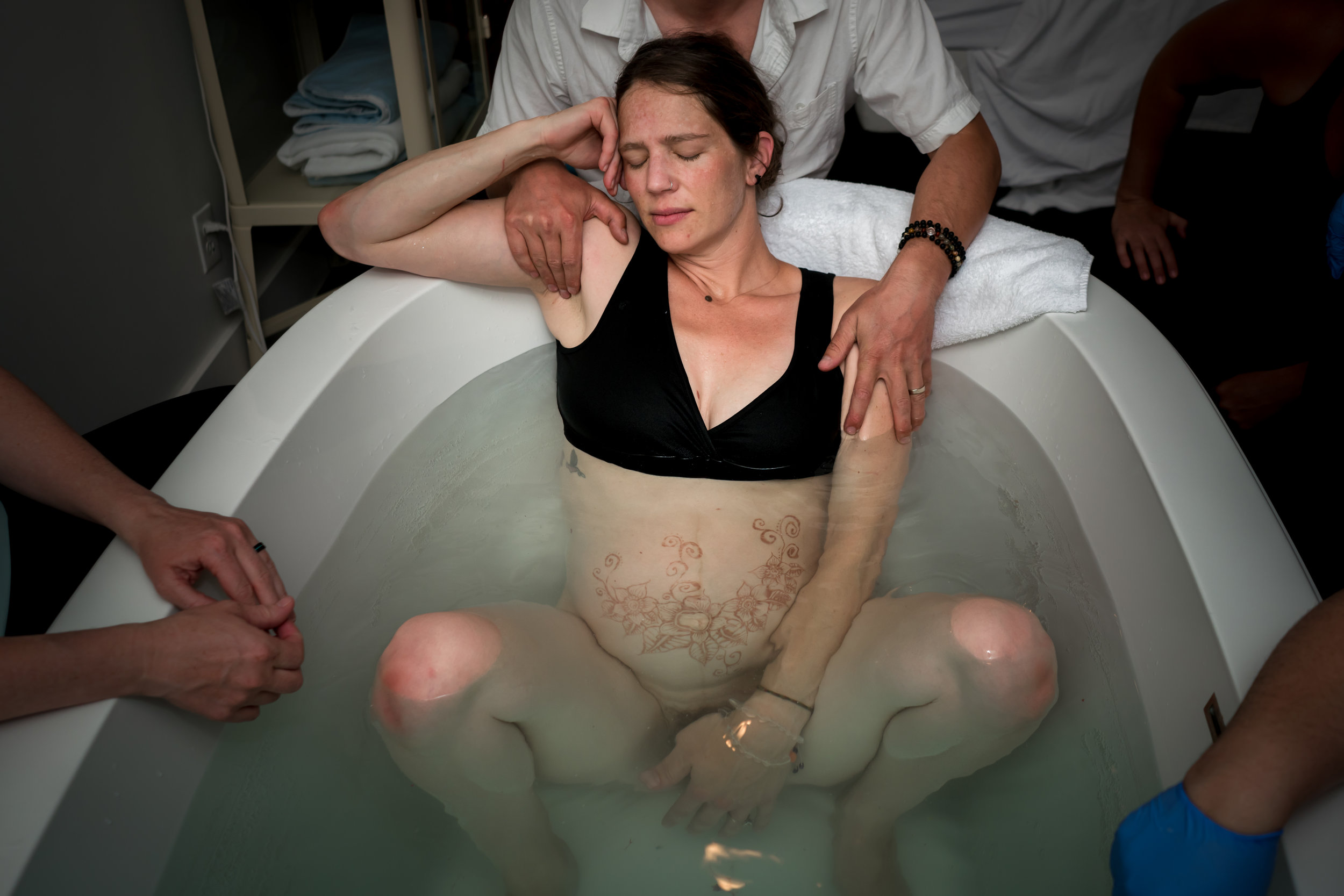 Peaceful Water Birth Labor Support
