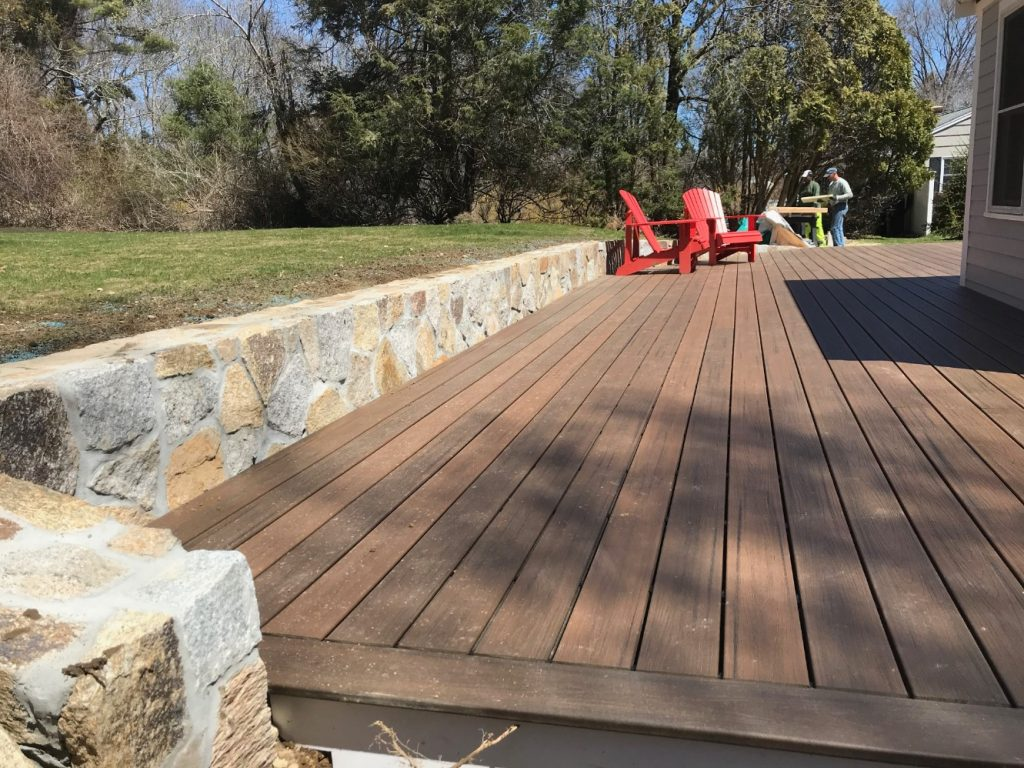 Composite Deck Construction 1.jpg