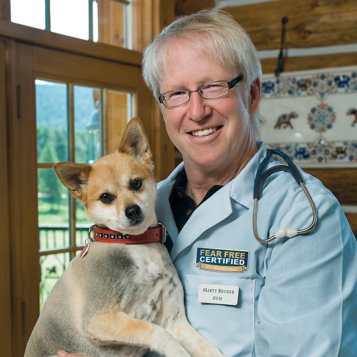 Marty Becker, DVM - Founder, Fear FreeBoard of Directors & Chief Veterinary Correspondent, American Humane AssociationFounding Member, Core Team Oz for The Dr. Oz ShowAdjunct Professor, Washington State University College of Veterinary Medicine
