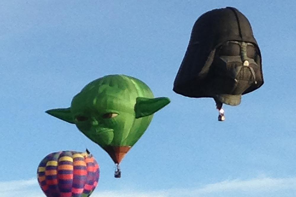 Balloon_yoda.jpg