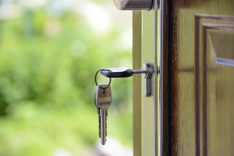 canva-house,-keys,-key,-the-door,-castle,-the-background-MACVseR1LDc.jpg