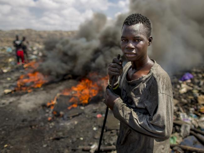 human impact of e-waste - Not only is e-Waste a major environmental problem containing toxic substances like arsenic, cadmium, chromium, lead, mercury and a host of others, it also has valuable resources (including gold) that can be reused and recycled.