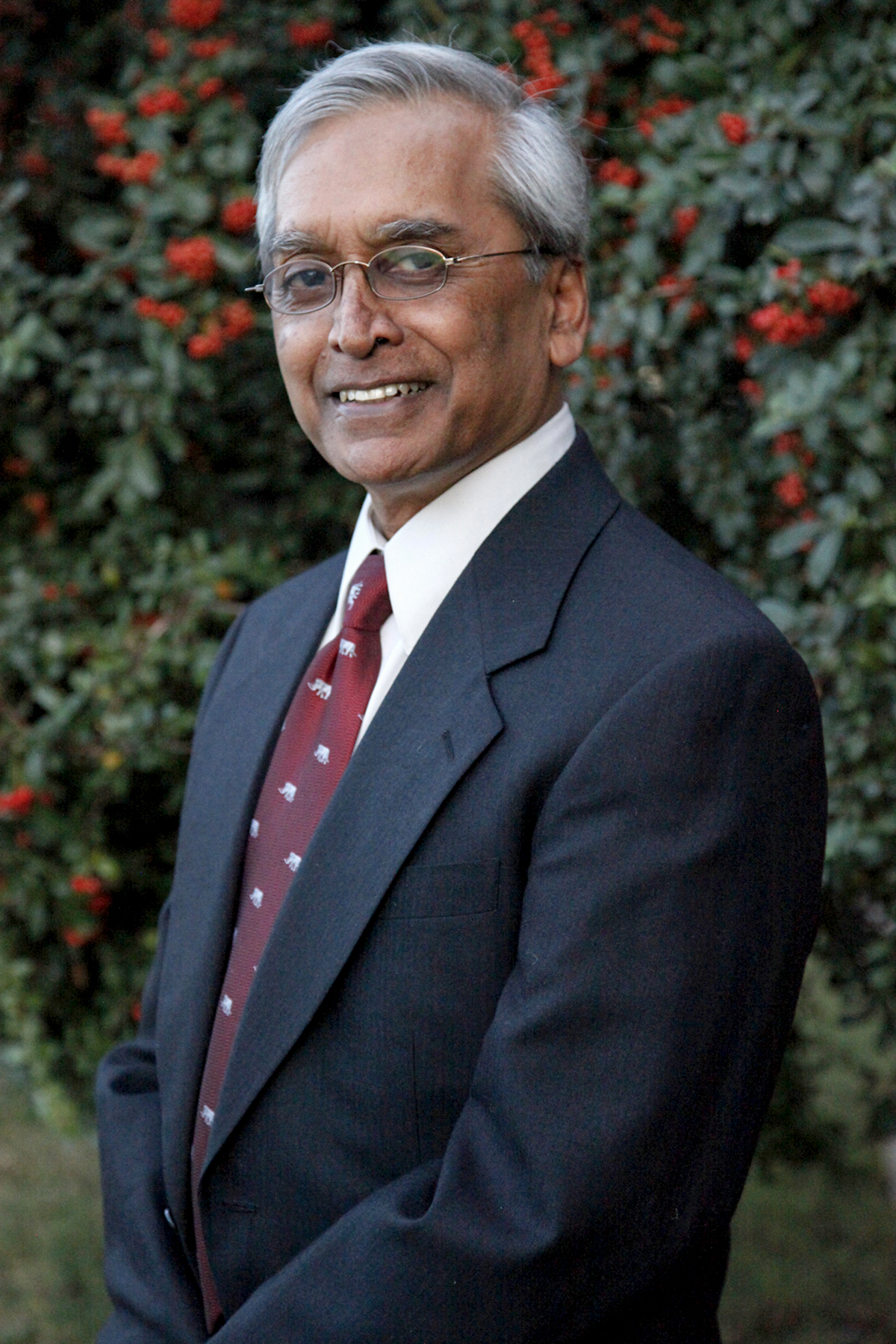 Dr. Surrendra Gangadean  Organizing Pastor, Westminster Fellowship Author,  Philosophical Foundation  President,  The Logos foundation