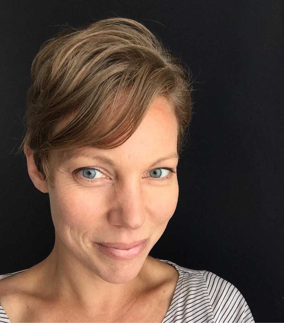 Amber Fox, Medical Herbalist & Mindful Yoga Teacher -