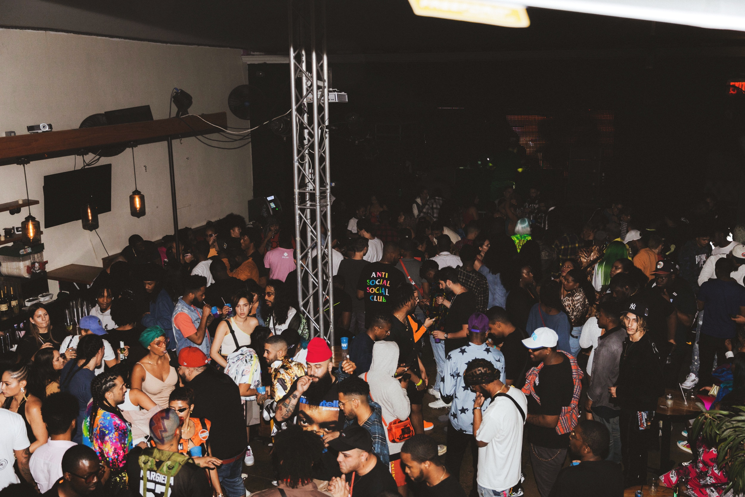Over 600+ attendees partied with us until the morning.