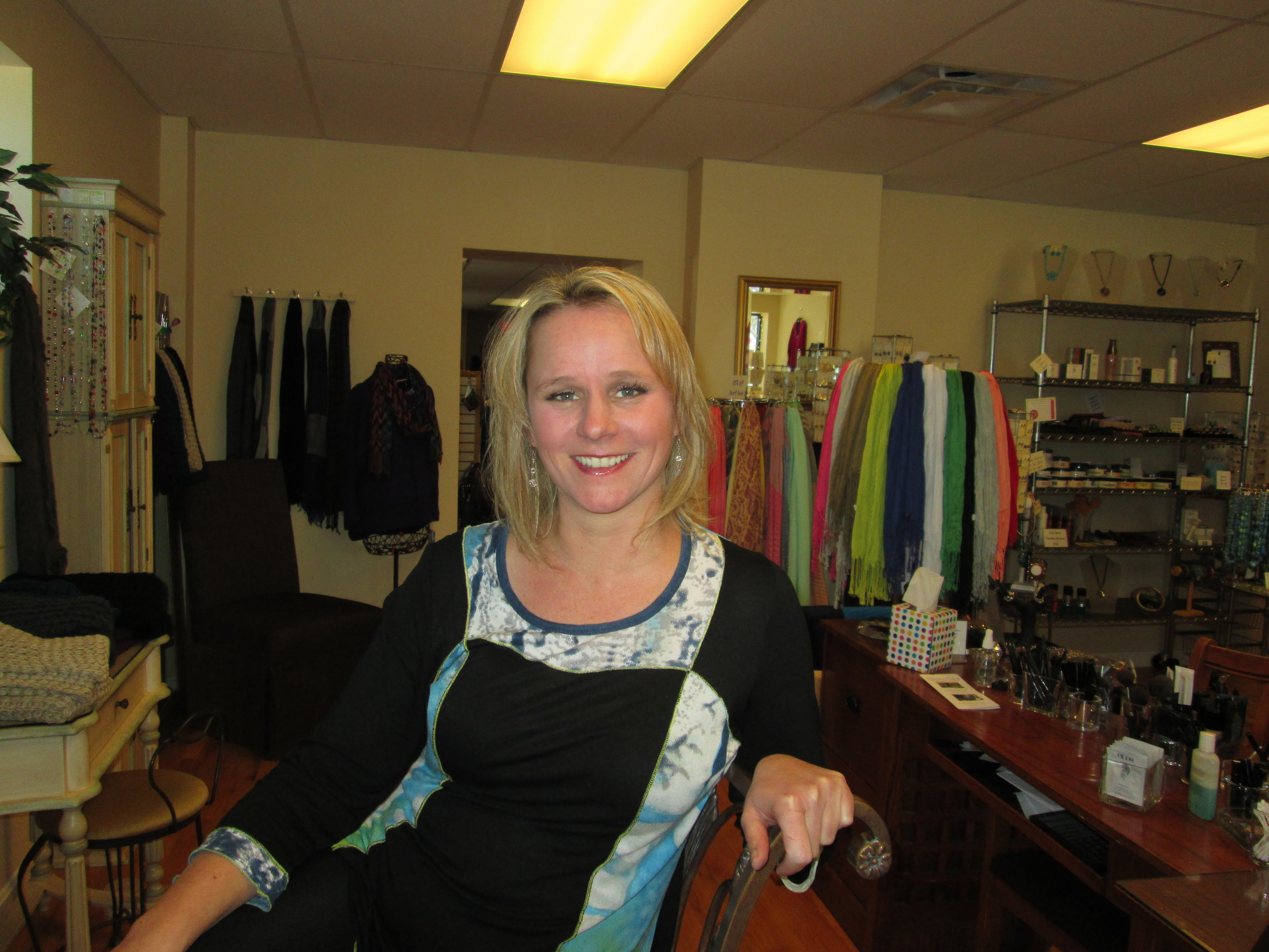 Kimberly Adams - Having 18 years' experience in the nail fashion industry to Visibility. She joined our company in 2014. Her work is technically perfect, and her attitude is always positive. She is friendly, efficient, and up-to-date in beautifying natural nails for manicures, pedicures, and gels. Kim's knowledge of color makes choosing the best polish easy.