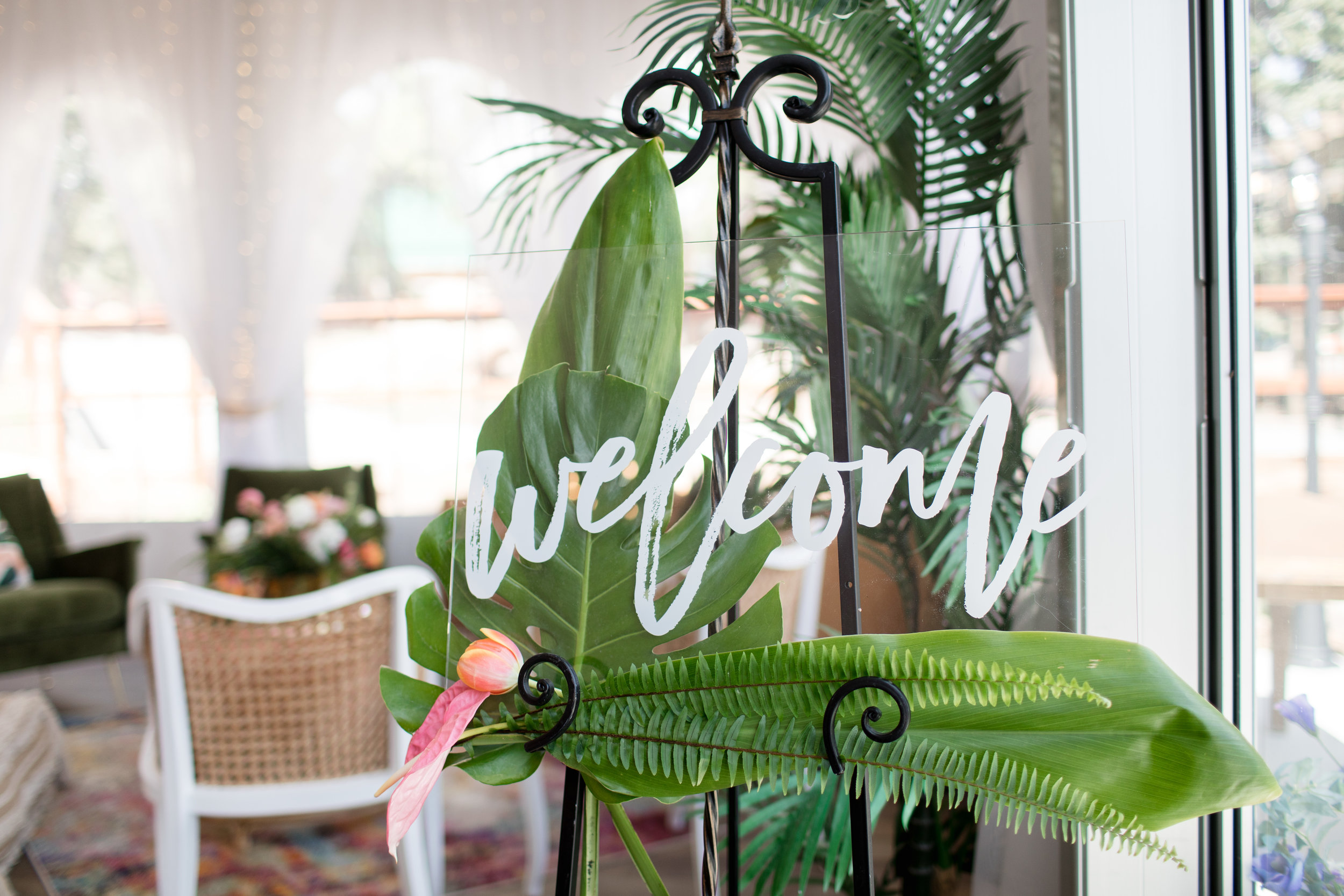 Welcome Sign Tropical