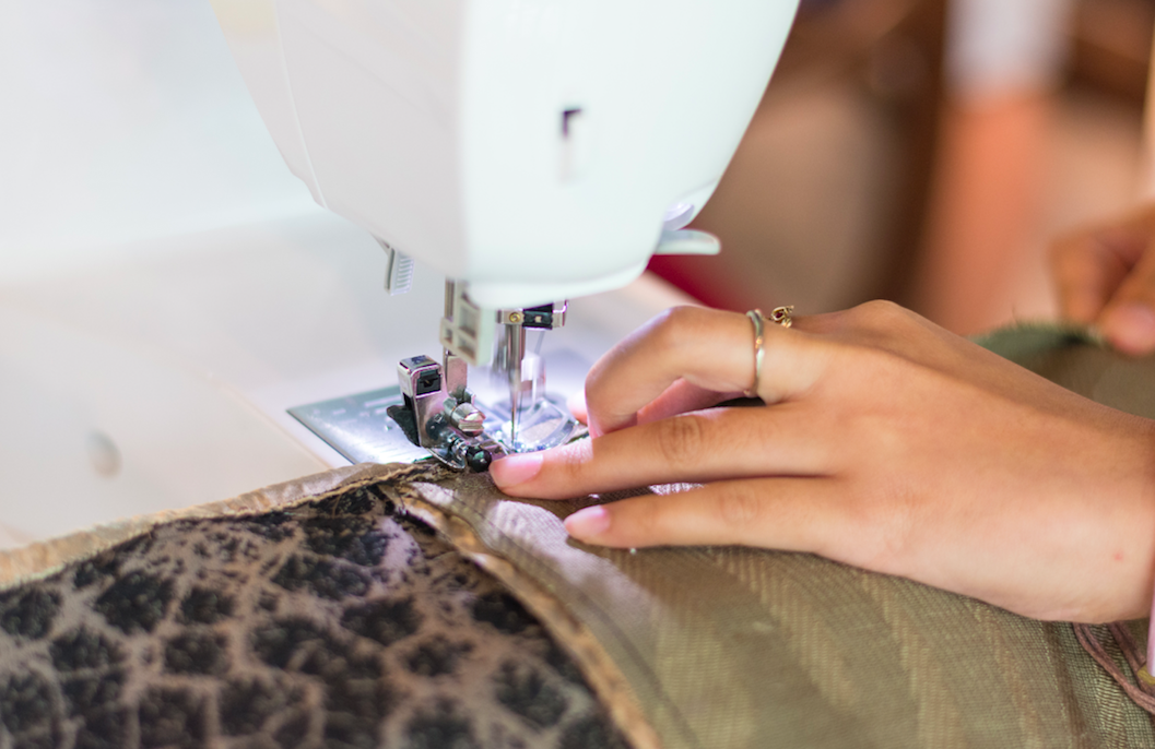 repair - If you have fashion items that need minor repair (missing button, loose threads, etc.) our in-house designers will help you bring your fashion item back to life. You can finally swap it or wear it after!
