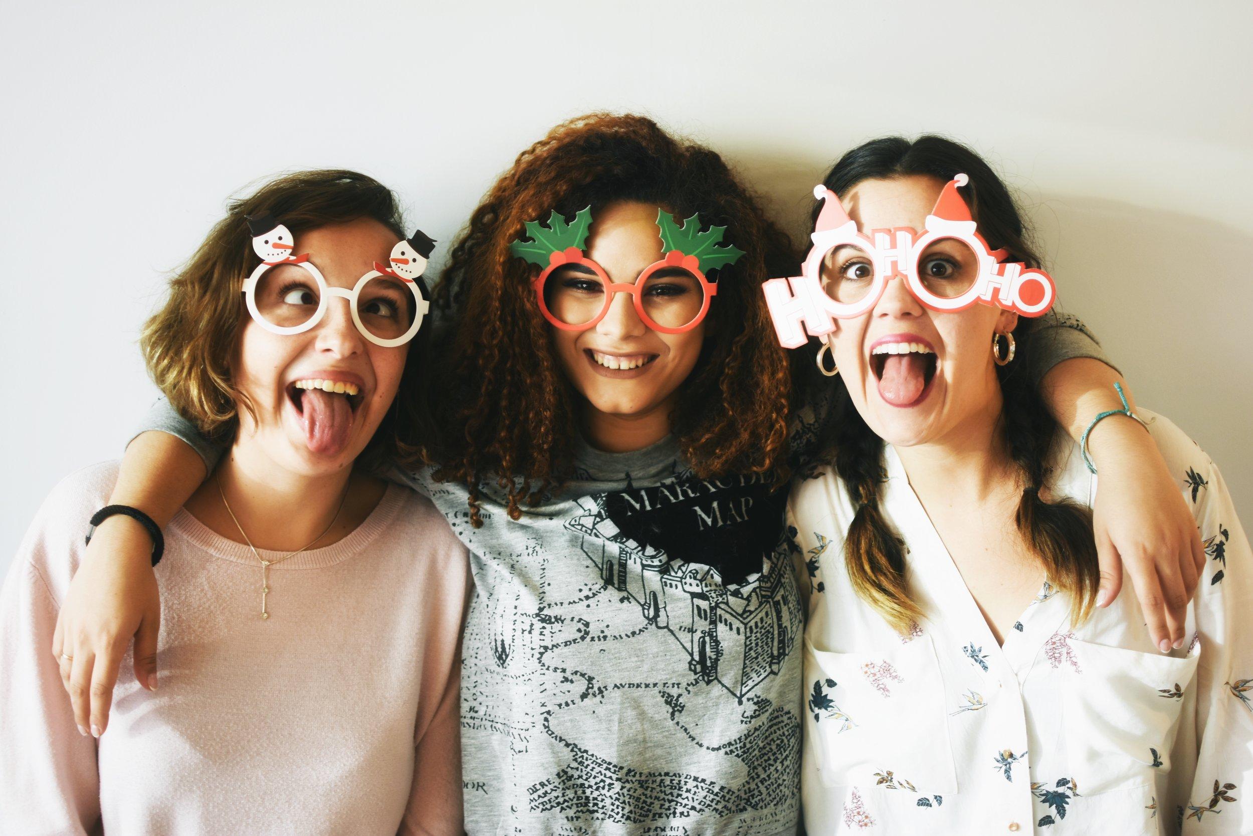 Yasmine, Anna y Ghizlane para nuestra campaña en Navidad