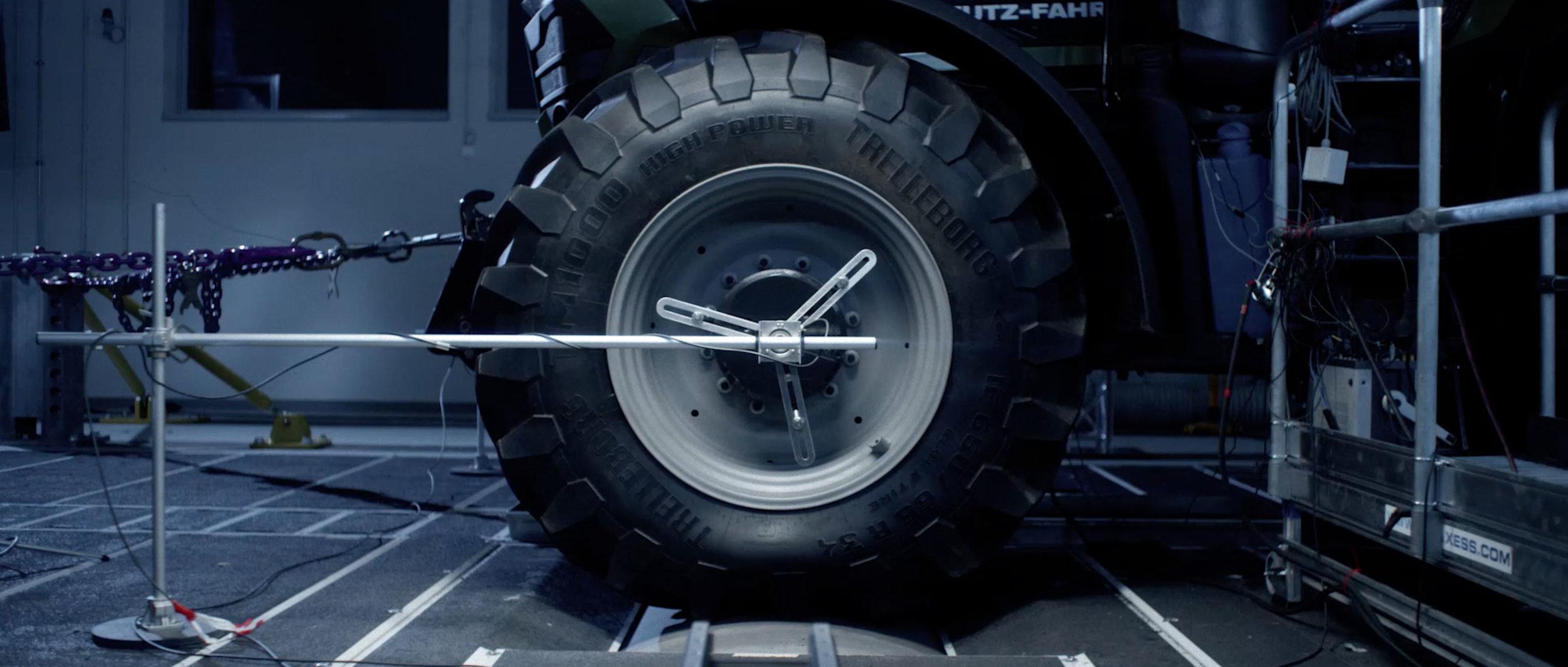 DLG-Ready-Landwirtschaft-Prüfung-Sicherheit-Digital-Technik-Traktor_05.jpg