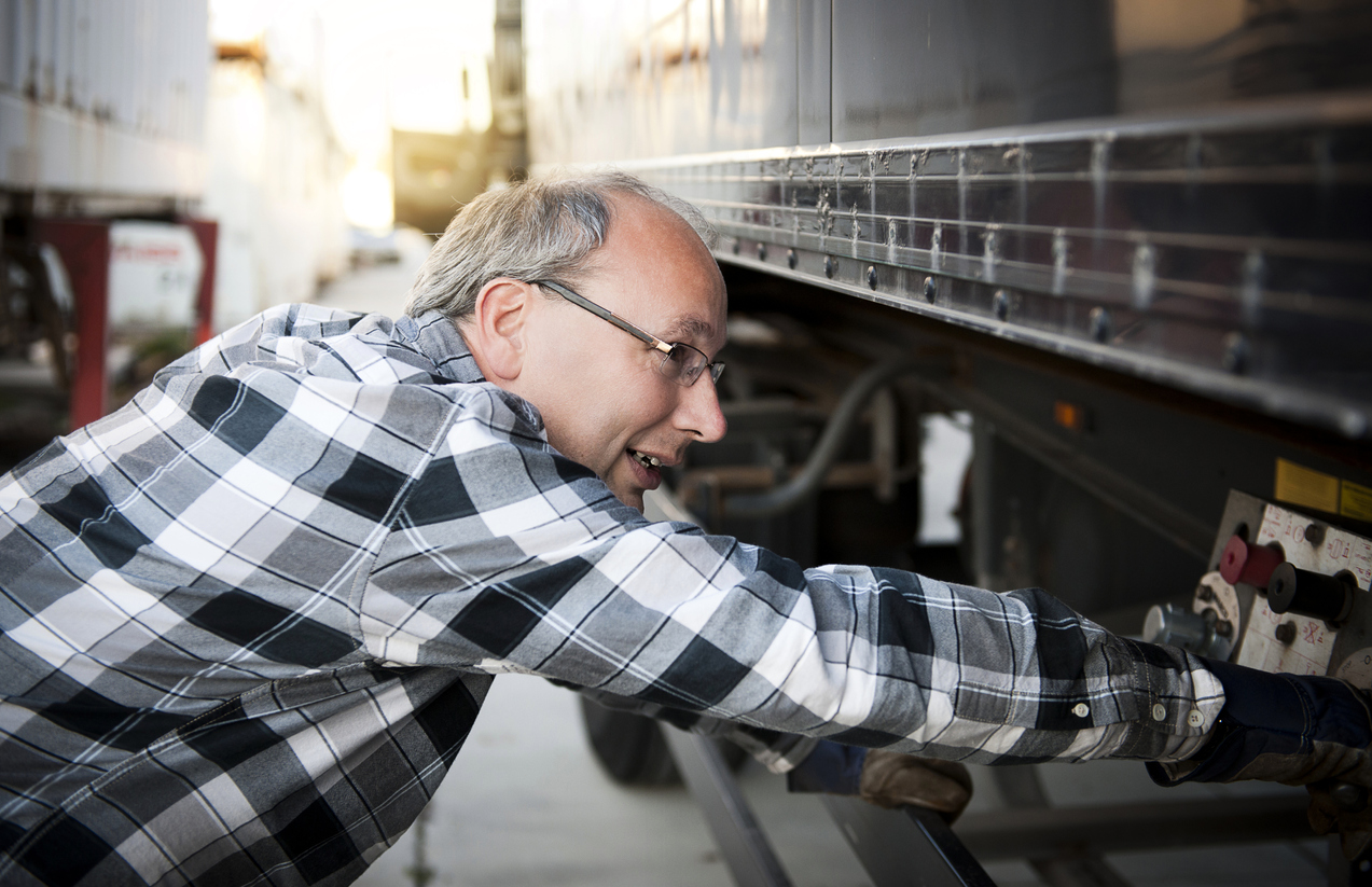 6 Key Benefits of a Fleet Maintenance App.jpg