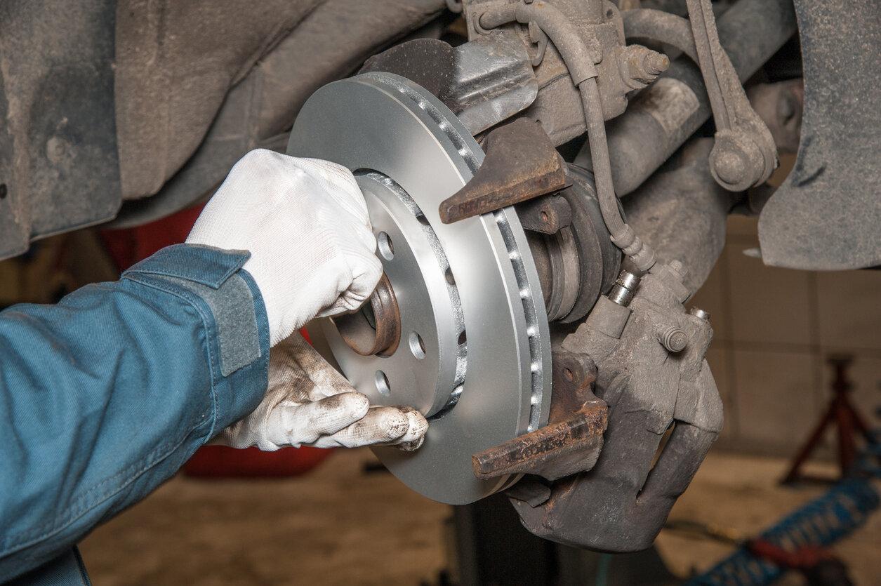 CVSA Brake Safety Week Image 1.jpg
