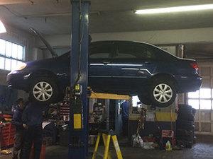 إصلاح السيارة 2.jpg