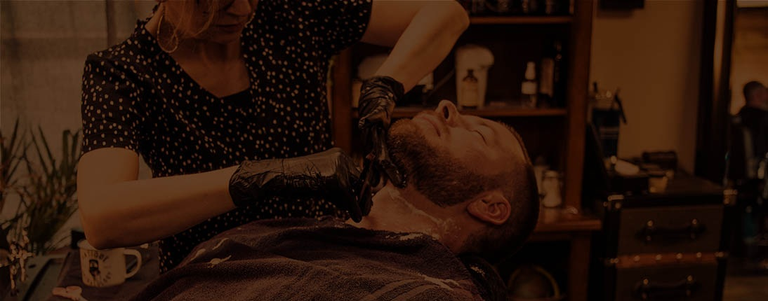 Shave - Basic or traditional straight razor shaves