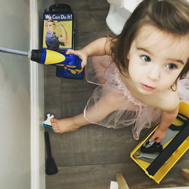 Home Improvement. #toddlerkate #toolsandatutu #fixingthewall #thewallsnotbroken