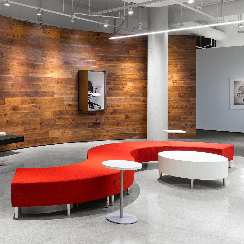 G-SM_GS09_2400x2400-lounge.jpg