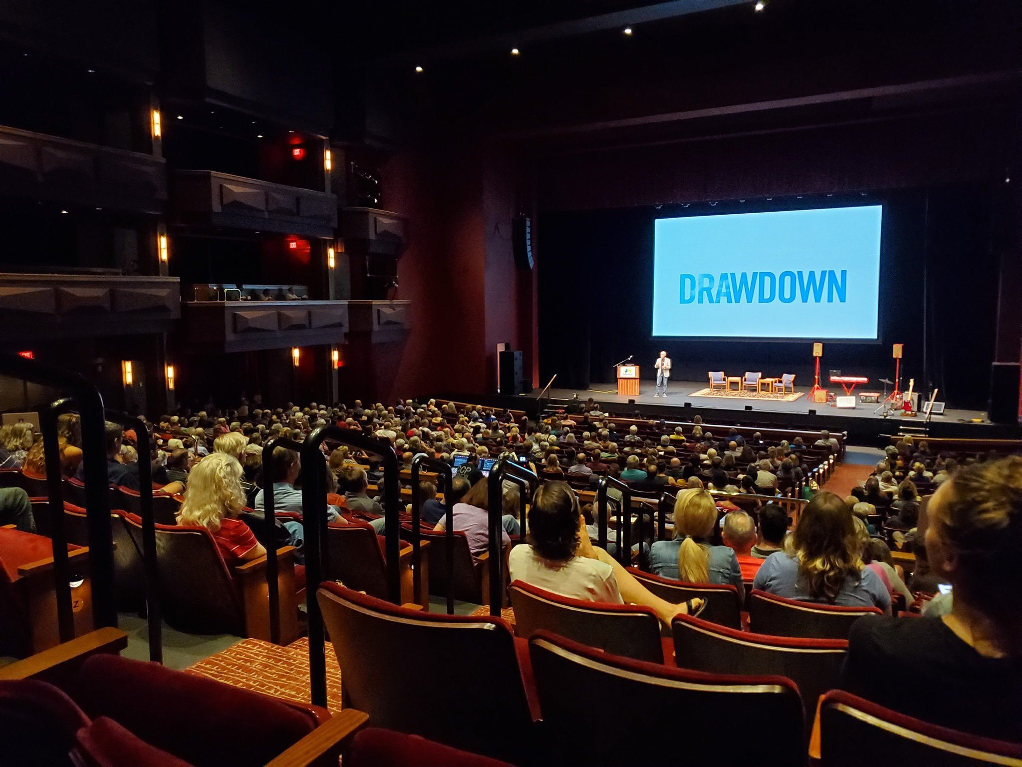 crowd.jpeg