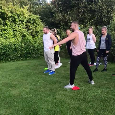 💪🏼Sports day 🙌 @anytime_fitness_telford 😎 What a great event bringing members together once again. This is why we are the  #1 social gym! 🏆  We had so much fun and once again learnt that @elitephysiquept_aaron is the inferior twin 😂Also we know that I a professional at apple bobbing :) •••••••••••••••••••••••••••••••••••••••••••••••••••••••••••••••••••••••••••••••••••••••••••••• #weightloss #gym #getfit #fitfam #fitness #fit #fitspo #gymlife #fitlife #girlswholift #girlsthatlift #fitnessgirl #fitnessgirls #girlsthatlift #gymgirl #fit #fitspo #fitfam #fitfamily #weightloss #weightlossjourney #fatloss #strong #fitnessmotivation #gymtime #gymrat #gymflow #strongisthenewskinny#fitnessjourney #fitlife