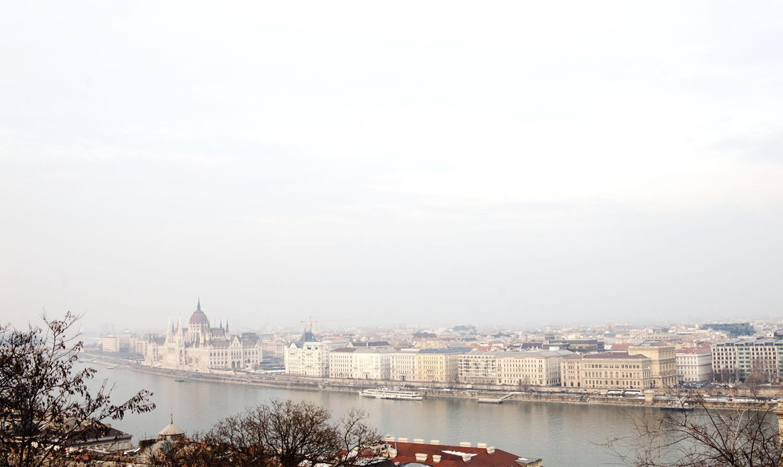 BUDAPEST_Panorama_Parlement2.jpg