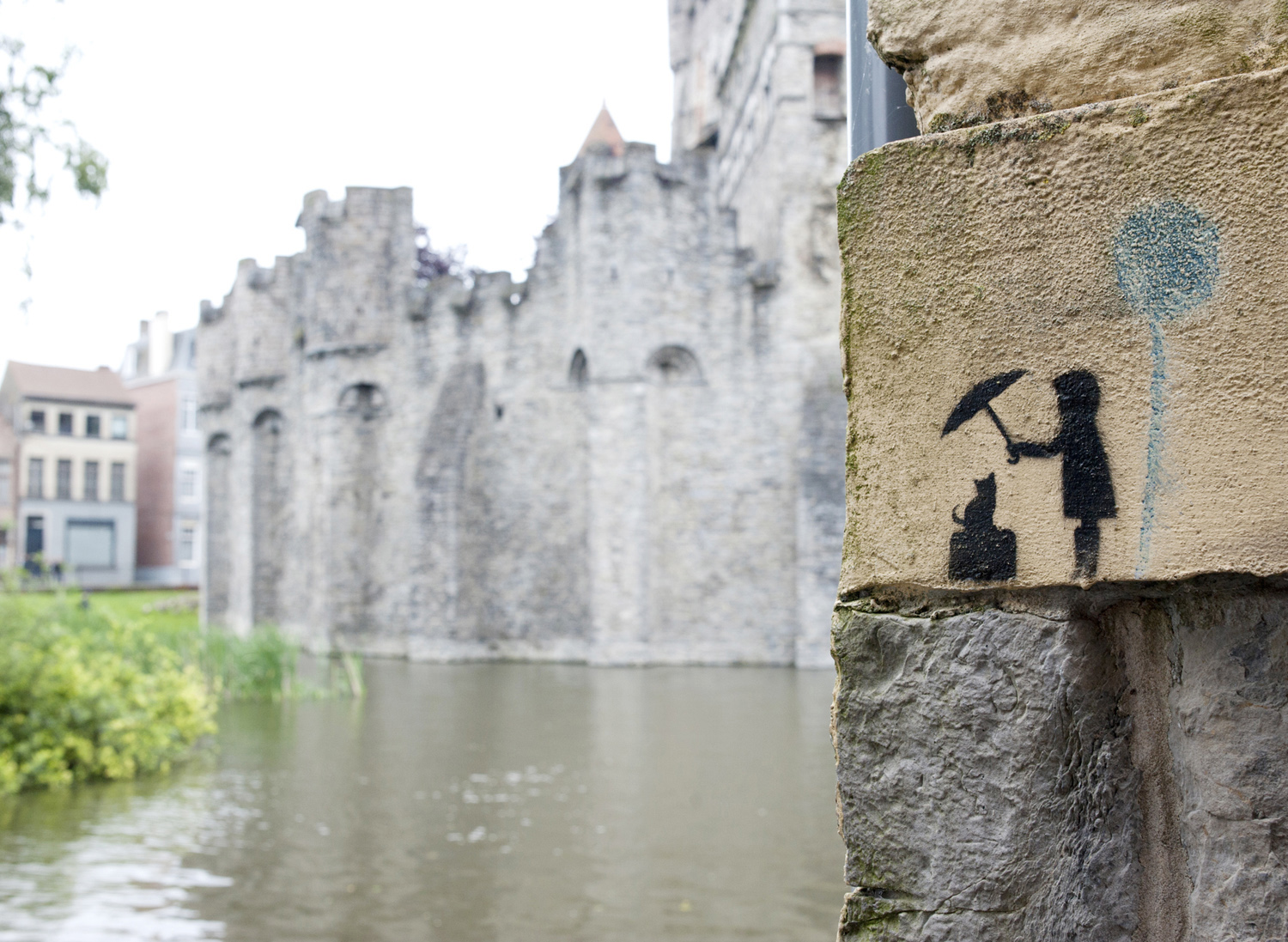 Mini street art Gand.jpg