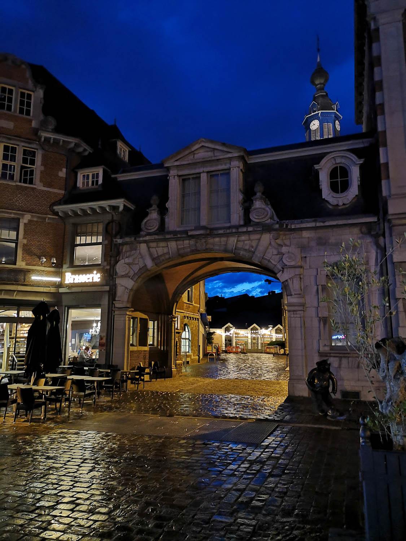 Namur_1MOIS_1VILLE_Namur by night 2.jpg