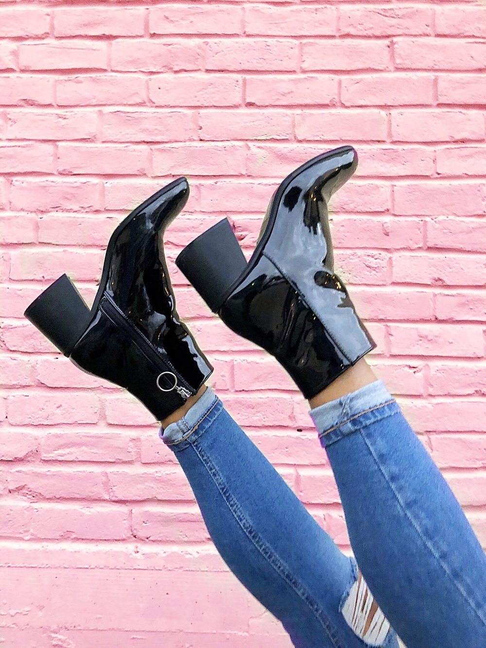 20 Ways To Style Patent Leather Boots To Work Corporate Queendom