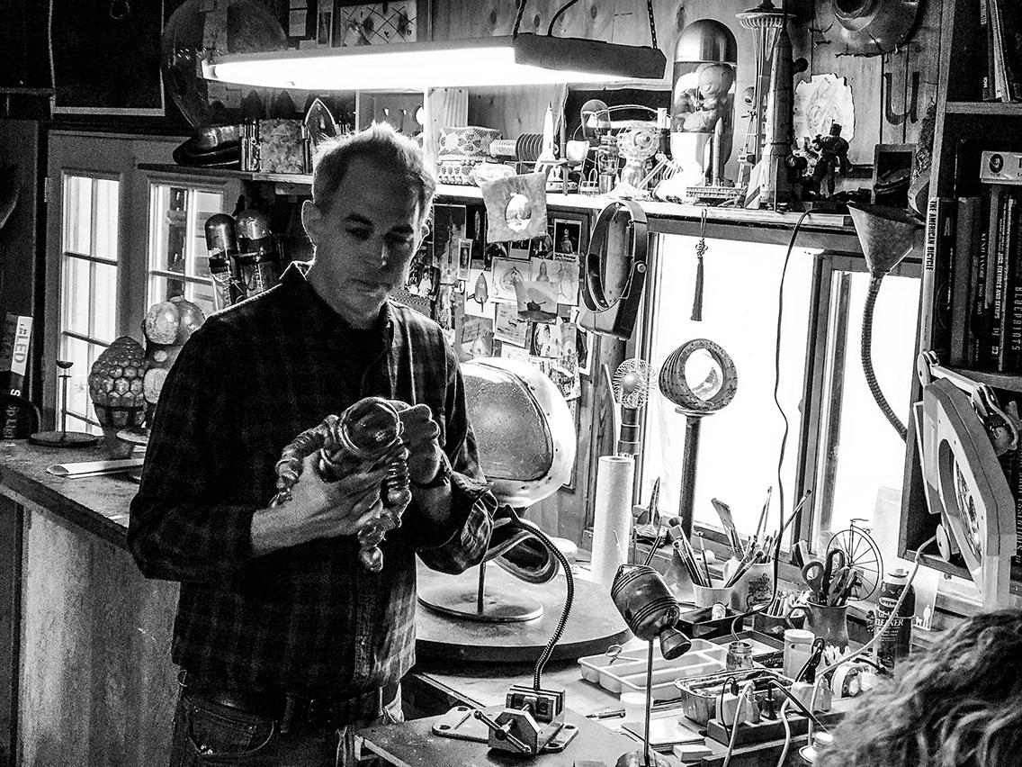 Rik Allen in the studio.  photo: M. Stubblefield