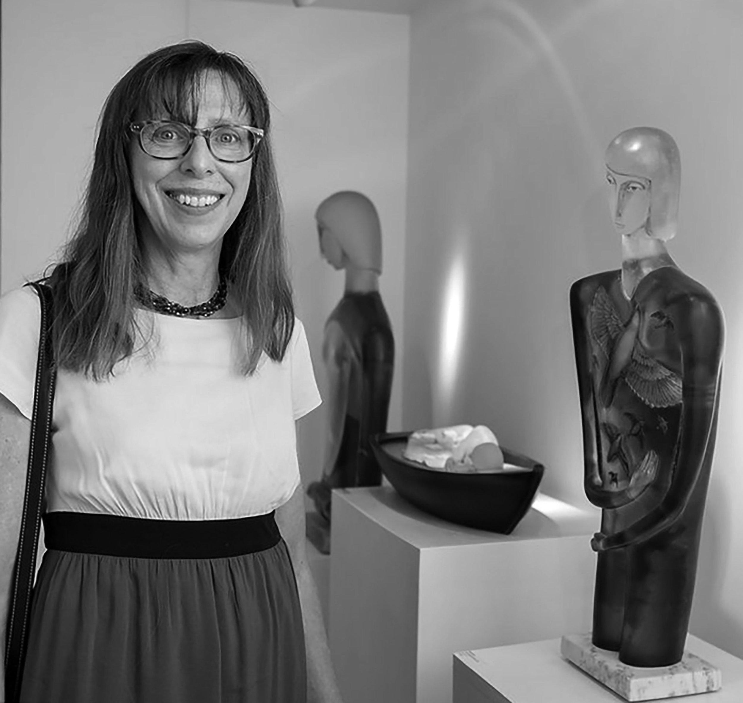 Robin Grebe at Schantz Galleries. photo: Lisa Vollmer