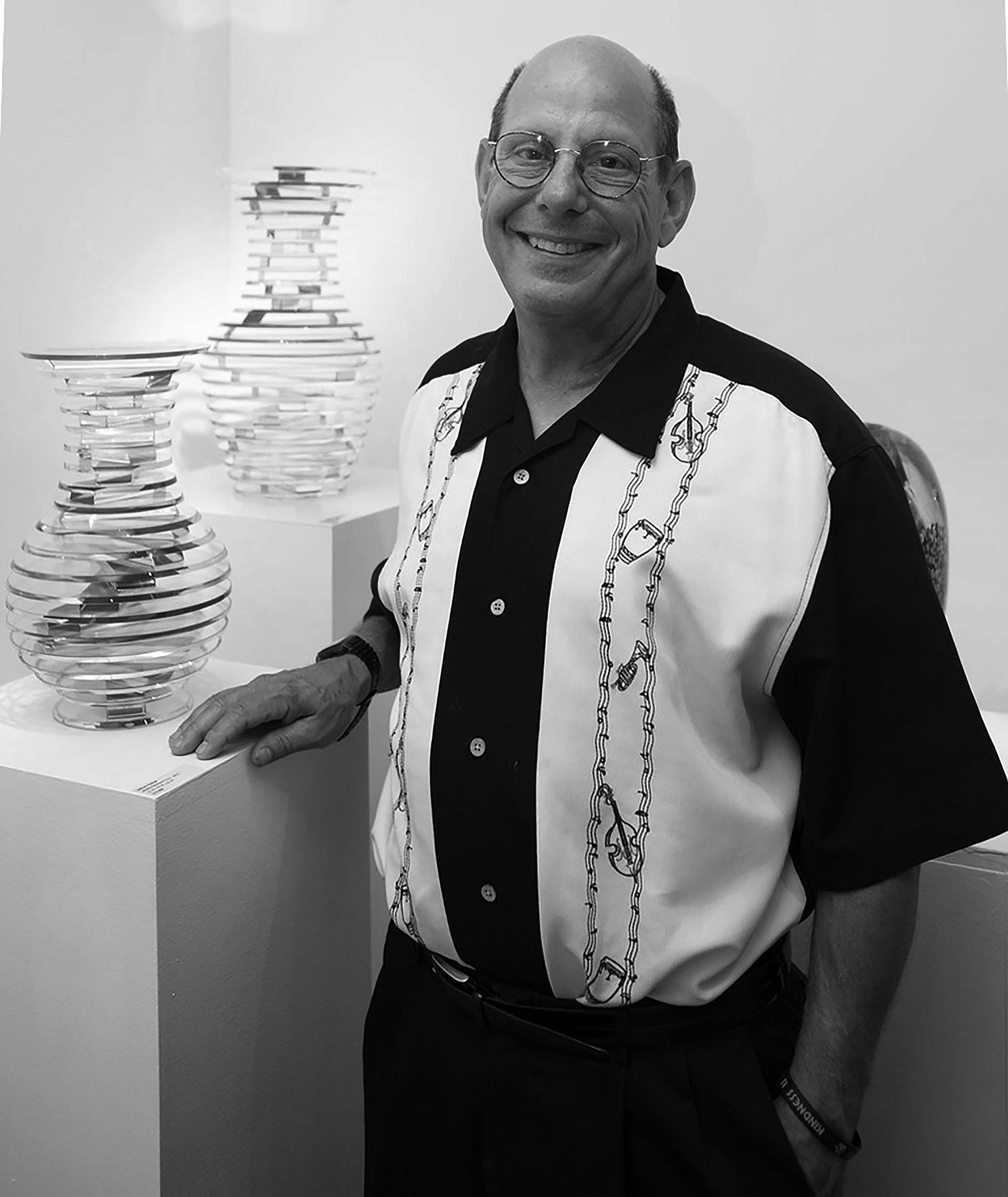 Sid Hutter at Schantz Galleries. photo Lisa Vollmer